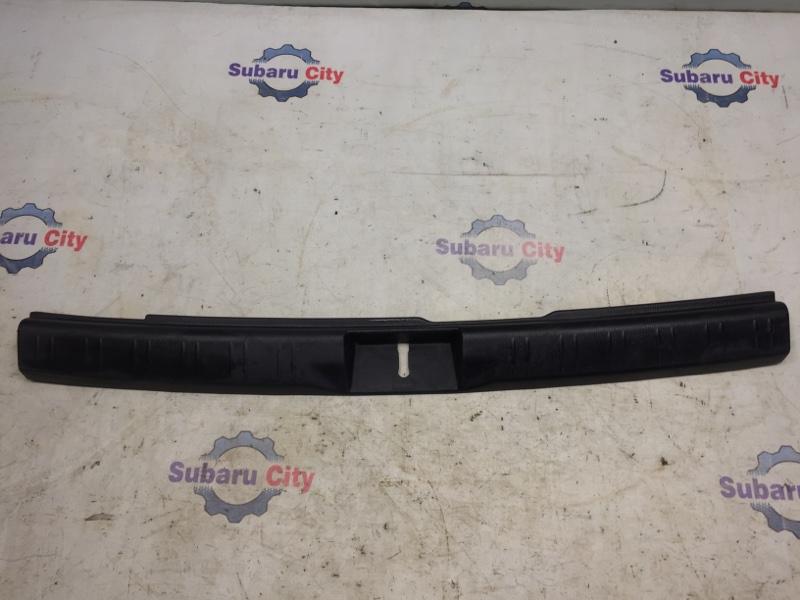 Накладка в багажник Subaru Forester SG EJ20 2004 (б/у)