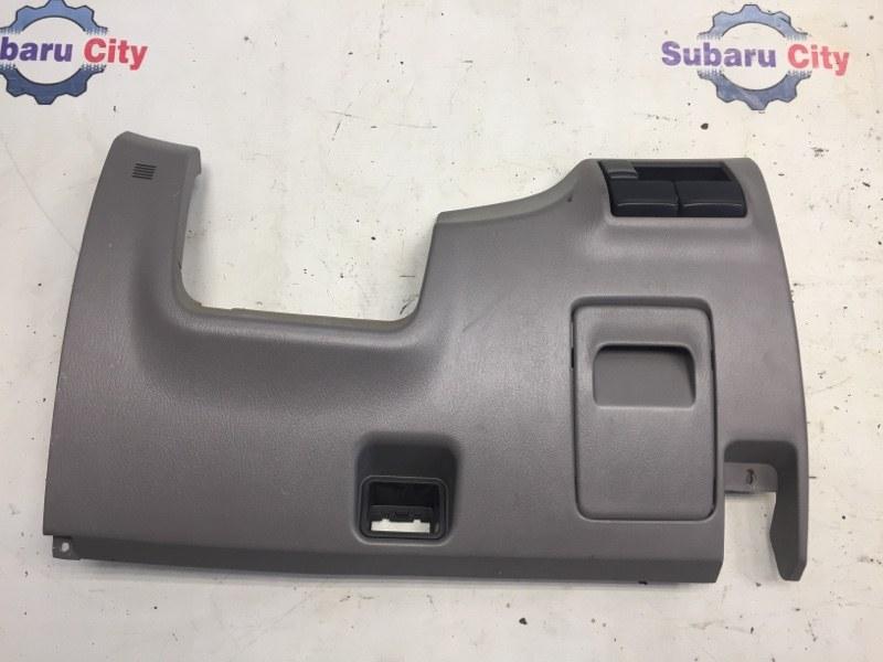 Пластик под рулем Subaru Forester SG EJ20 2004 (б/у)