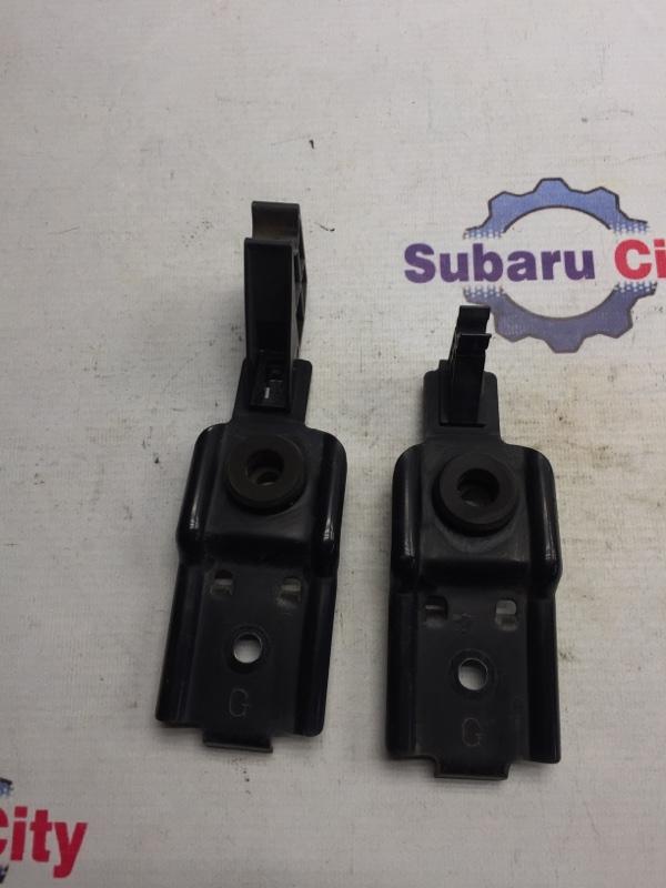 Крепление радиатора Subaru Impreza GD EJ15 2006 (б/у)