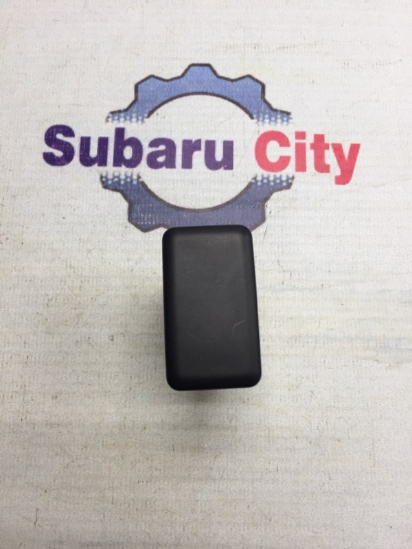 Заглушка под кнопку Subaru Impreza GD EJ15 2006 (б/у)