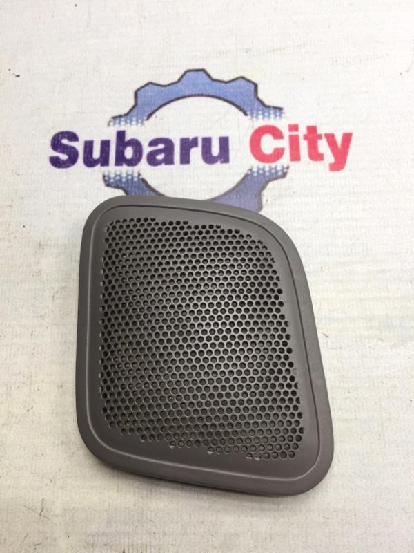 Накладка в багажник Subaru Forester SF EJ20 1998 правая (б/у)