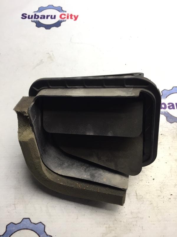 Клапан вентиляции багажника Subaru Forester SF EJ20J 1998 правый (б/у)