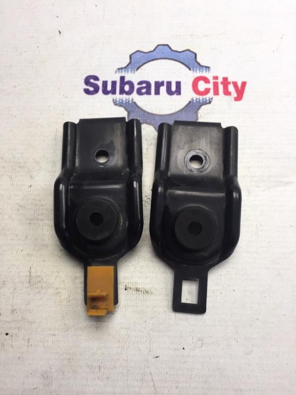 Крепление радиатора Subaru Legacy BE EJ20 1999 (б/у)