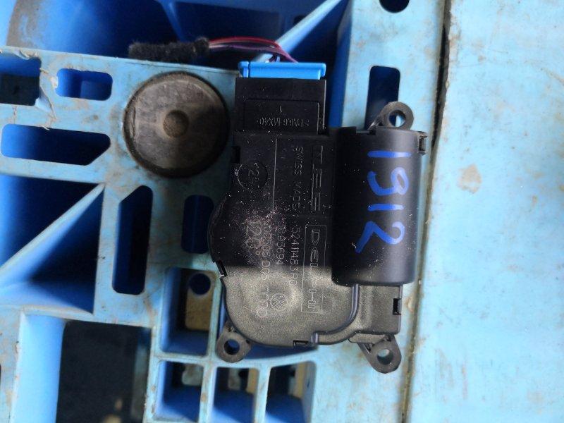 Сервопривод заслонок печки Volkswagen Touareg 7LAXQA AXQ 2005/12 (б/у)