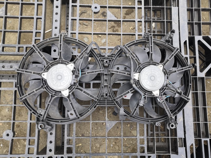 Диффузор радиатора Infiniti Fx35 S51 VQ35HR 2010 (б/у)