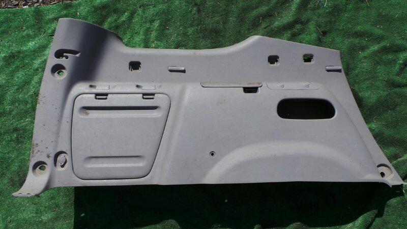 Обшивка багажника Toyota Sequoia UCK45 2UZ 2001 (б/у)