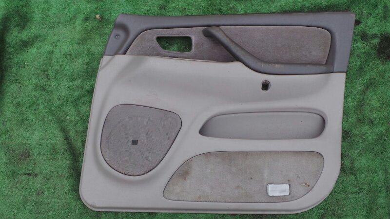 Обшивка дверей Toyota Sequoia UCK45 2UZ 2001 передняя правая (б/у)