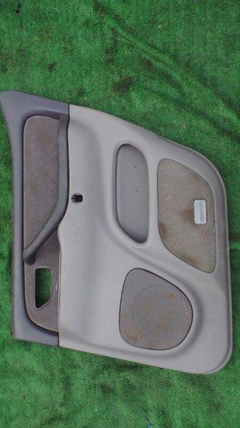Обшивка дверей Toyota Sequoia UCK45 2UZ 2001 задняя правая (б/у)