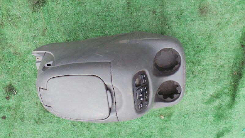 Бардачок между сиденьями Toyota Sequoia UCK45 2UZ 2001 (б/у)