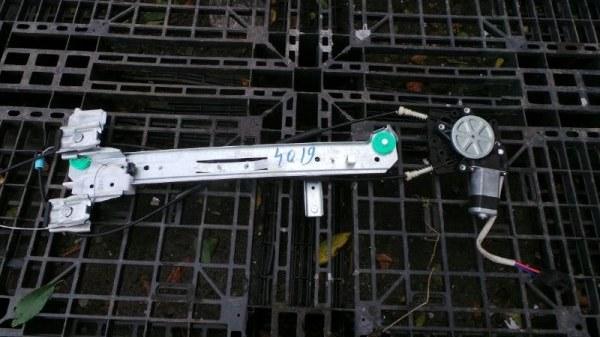 Стеклоподъемный механизм Lincoln Navigator U228 5.4L V8 SOHC 24V TRITON 2005 (б/у)