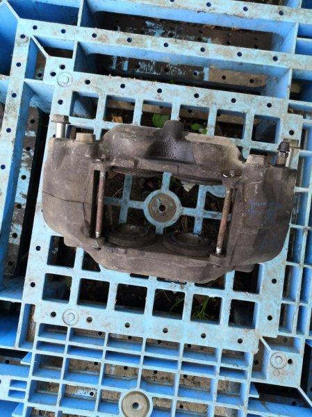 Суппорт Hummer H3 L52 передний правый (б/у)