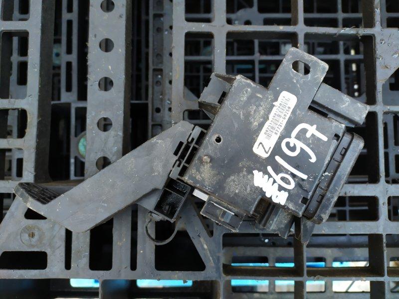 Блок предохранителей Lexus Lx450D URJ201 3URFE (б/у)