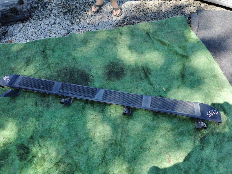 Порог Toyota Sequoia UCK45 2UZ 2006 правый (б/у)