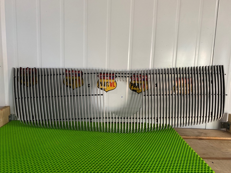 Решетка радиатора Cadillac Escalade GMT806 LQ9 2002 (б/у)