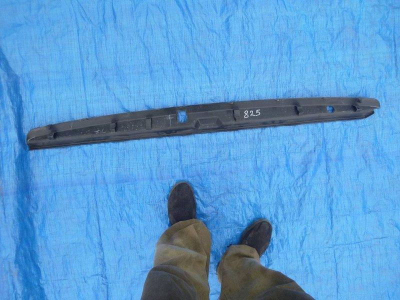 Накладка замка багажника Toyota Land Cruiser Prado GRJ120 1GRFE (б/у)