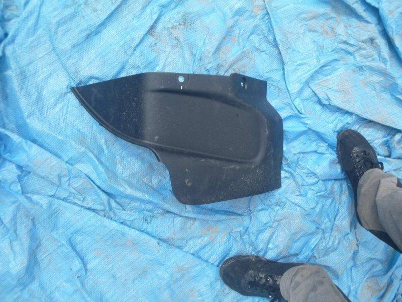 Обшивка заднего правого сидения Toyota Aqua NHP10 задняя правая (б/у)