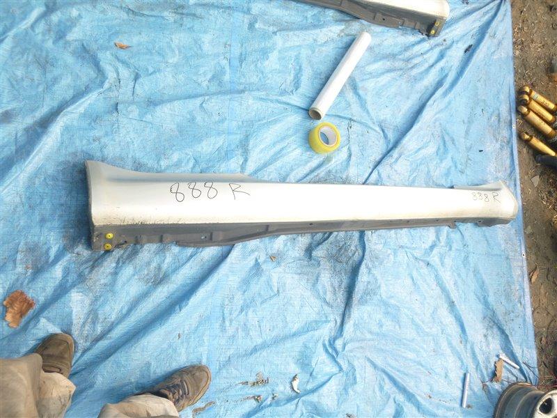 Порог Toyota Soarer UZZ40 3UZFE 2001 правый (б/у)