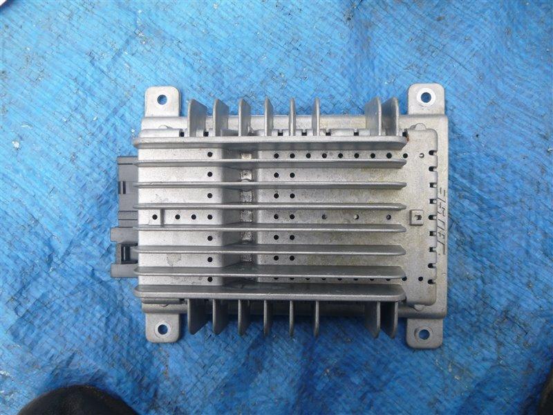 Усилитель магнитолы Nissan Fairlady Z33 VQ35DE 2006 (б/у)