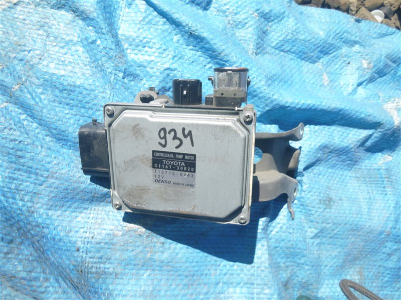 Блок управления масляным насосом Toyota Crown GWS204 2GRFSE 2011 (б/у)