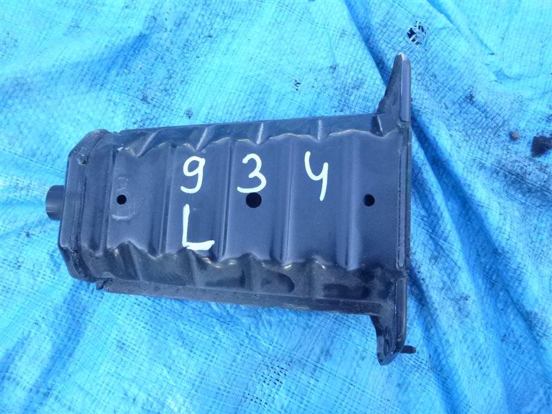 Кронштейн усилителя бампера Toyota Crown GRS180 2011 передний левый (б/у)