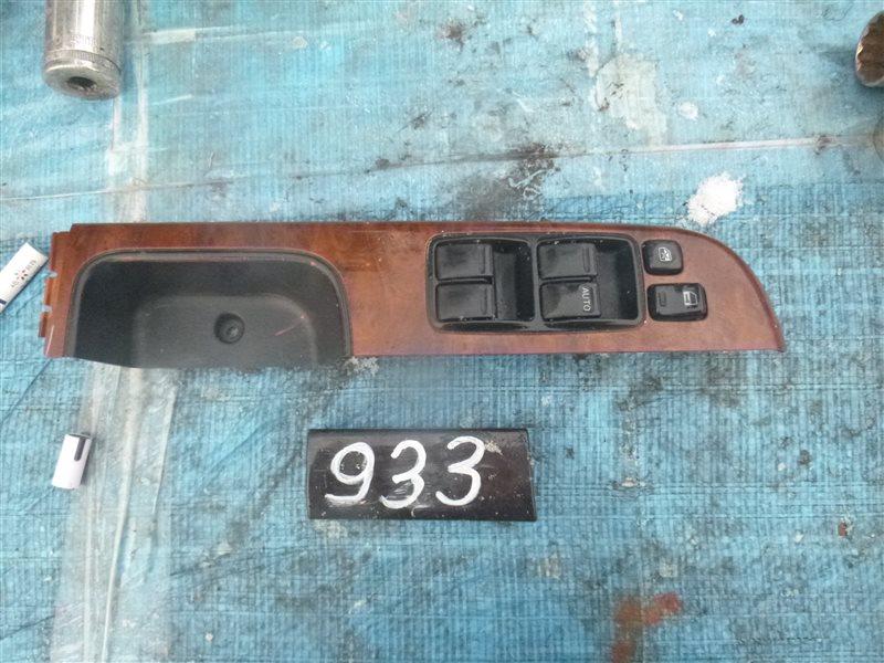 Блок управления стеклоподъемниками Nissan Safari WFGY61 2004 передний правый (б/у)