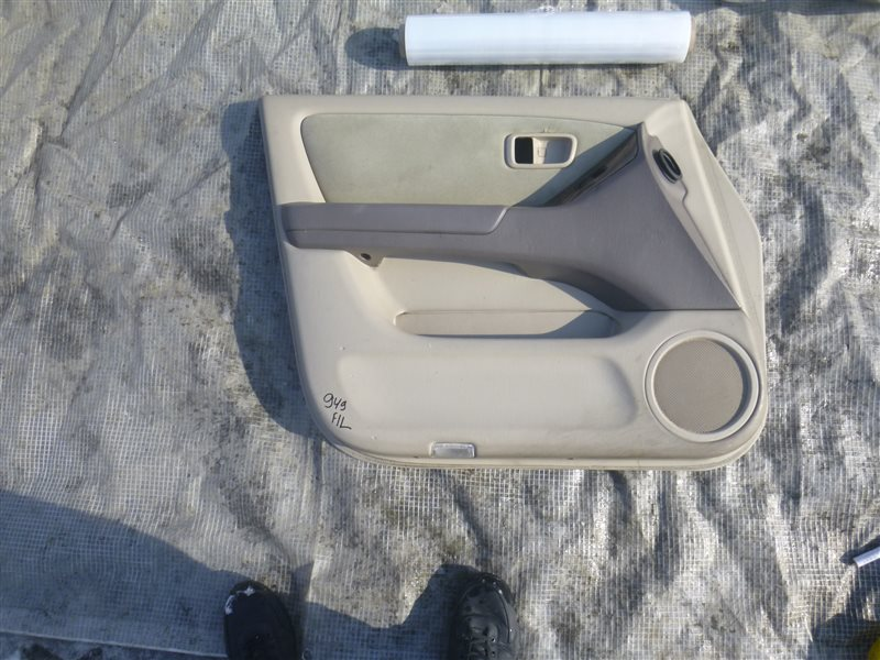 Обшивка двери Toyota Harrier ACU10 2000 передняя левая (б/у)