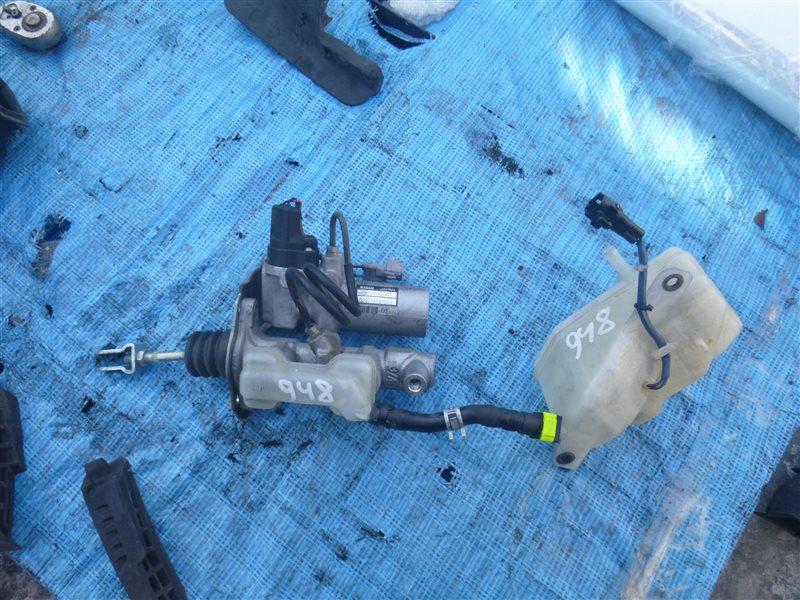 Главный тормозной цилиндр Lexus Ls600Hl UVF46 2UR-FSE 2009 (б/у)
