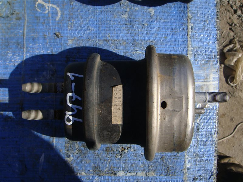 Подушка двс Lexus Ls600Hl UVF46 2UR-FSE 2007 (б/у)