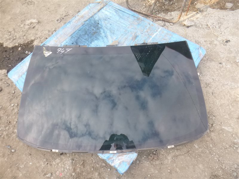 Заднее стекло Lexus Ls600Hl UVF46 2UR-FSE 2007 (б/у)