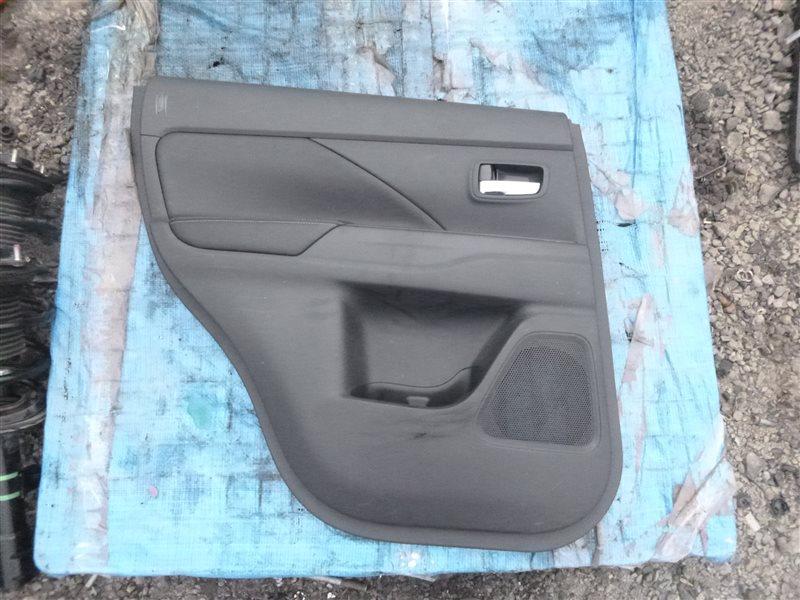 Обшивка двери Mitsubishi Outlander GG2W 4B11 2013 задняя левая (б/у)