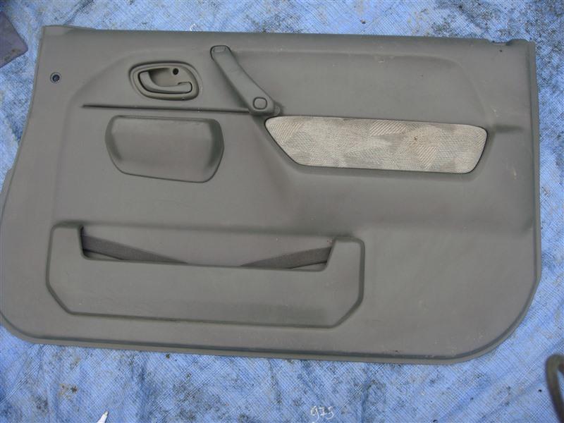 Обшивка двери Suzuki Jimny JB23W 1999 правая (б/у)