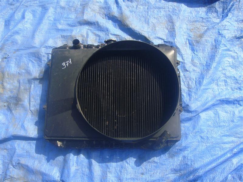 Радиатор двс Mitsubishi Pajero V11V 4D56 1996 (б/у)