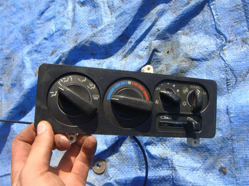 Блок управления климат-контролем Mitsubishi Pajero V11V 1996 (б/у)