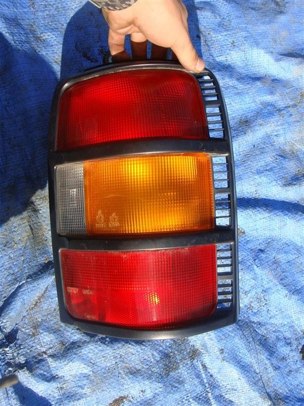 Стоп-сигнал Mitsubishi Pajero V11V 1996 задний правый (б/у)