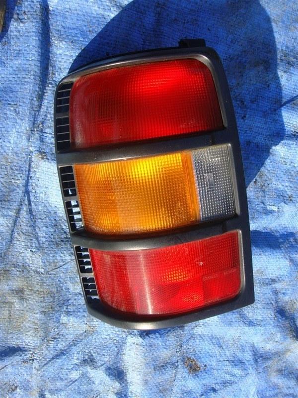 Стоп-сигнал Mitsubishi Pajero V11V 1996 задний левый (б/у)