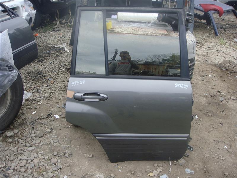 Дверь Toyota Land Cruiser HDJ101 2000 задняя правая (б/у)