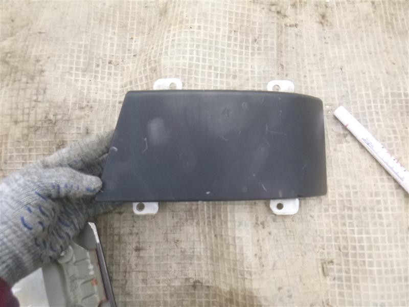 Планка под стоп сигнал Subaru Legacy BE5 2002 задняя правая (б/у)