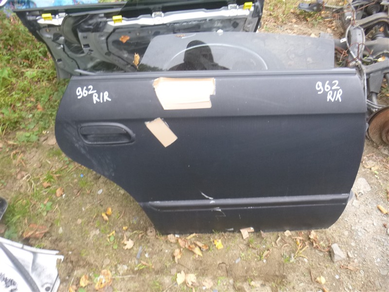 Дверь Subaru Legacy BE5 2002 задняя правая (б/у)