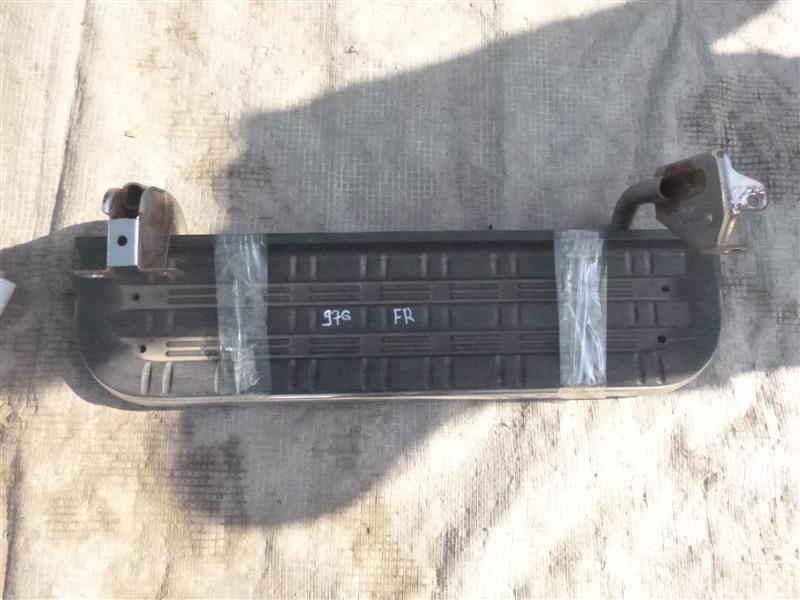 Подножка Mitsubishi Delica PD6W 1999 передняя правая (б/у)