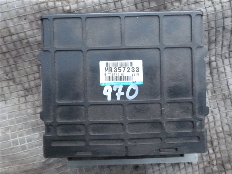 Блок управления акпп Mitsubishi Delica PE8W 4M40 1999 (б/у)
