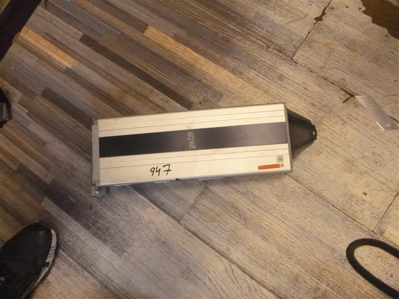 Усилитель магнитолы Lexus Ls600Hl UVF46 2UR-FSE 2007 (б/у)