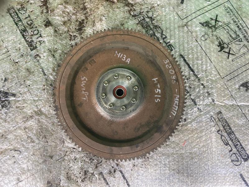 Маховик Suzuki Swift HT51S M13A 2004 (б/у) ДИСК СЦЕПЛЕНИЯ. КОРЗИНА. + БОЛТЫ