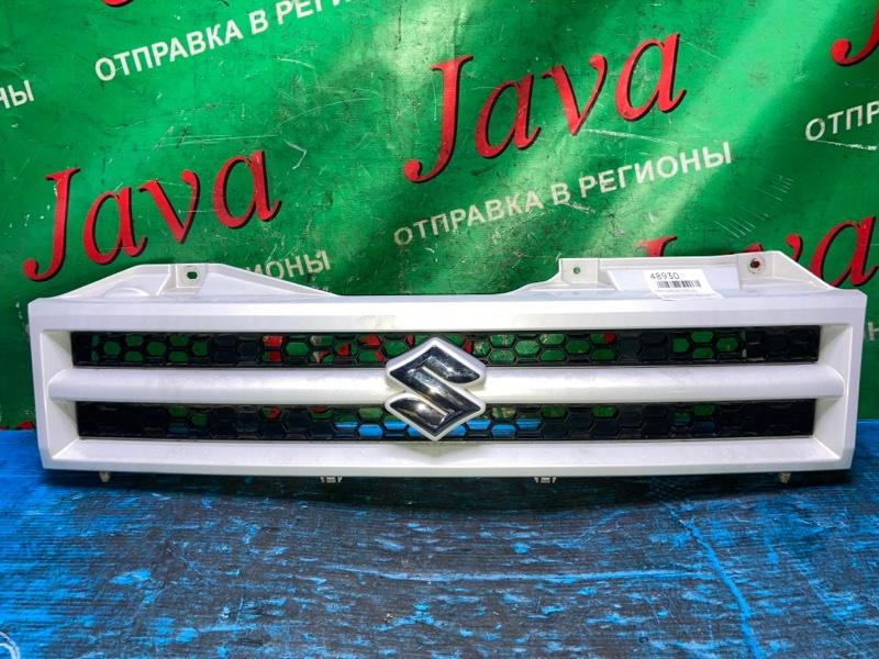 Решетка радиатора Suzuki Jimny JB23W K6A 2005 передняя (б/у)