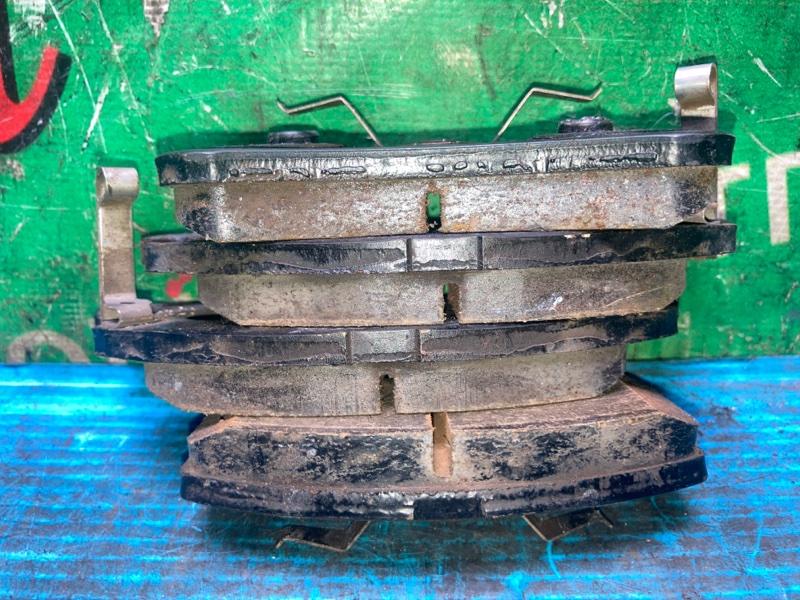 Колодки тормозные Daihatsu Esse L235S KF-VE 2009 передние (б/у) КОМПЛЕКТ. ЦЕНА УКАЗАНА ЗА КОМПЛЕКТ