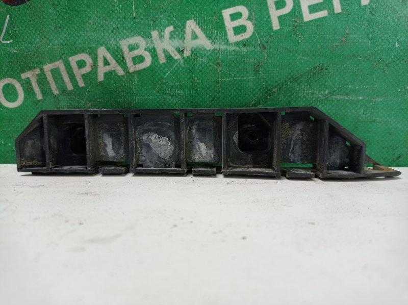 Крепление бампера Honda Stream RN1 D17A 2004 переднее правое (б/у)