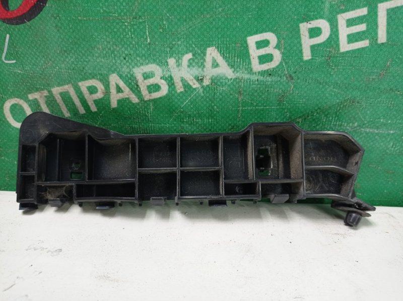 Крепление бампера Honda Zest JE1 P07A 2009 переднее правое (б/у)