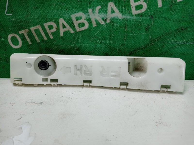 Крепление бампера Nissan Cube Z12 HR15DE 2009 переднее правое (б/у)