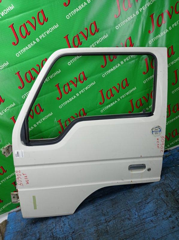 Дверь Mazda Titan WGFAT HA 1989 передняя левая (б/у) ПОТЕРТОСТИ. СКОЛ КРАСКИ. РЖАВЧИНА.