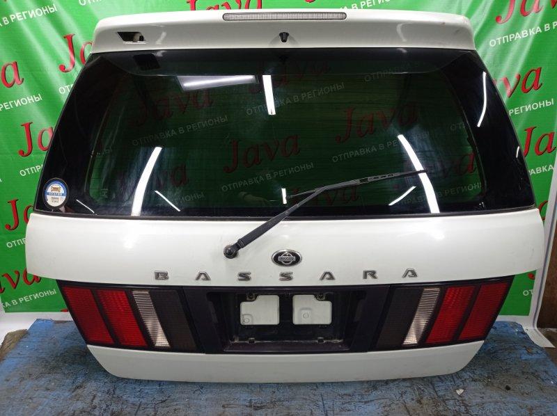 Дверь задняя Nissan Bassara JU30 KA24DE 2000 задняя (б/у) ПОТЕРТОСТИ. СПОЙЛЕР. МЕТЛА.