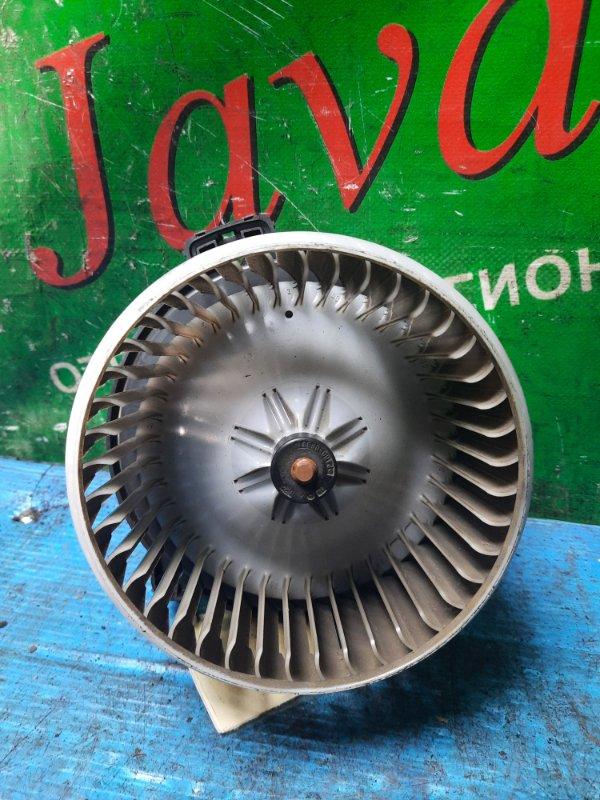 Мотор печки Isuzu Elf NMR85 4JJ1-T 2008 передний (б/у) 24V